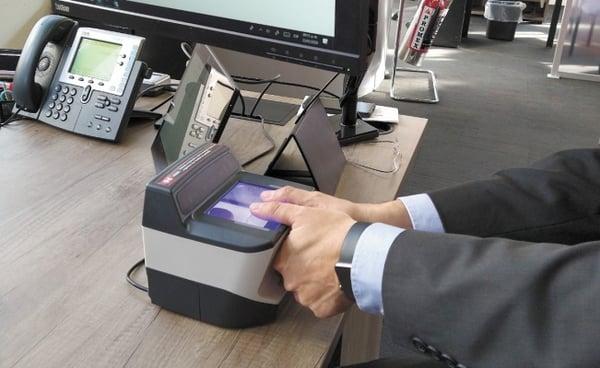 """control-biometrico"""